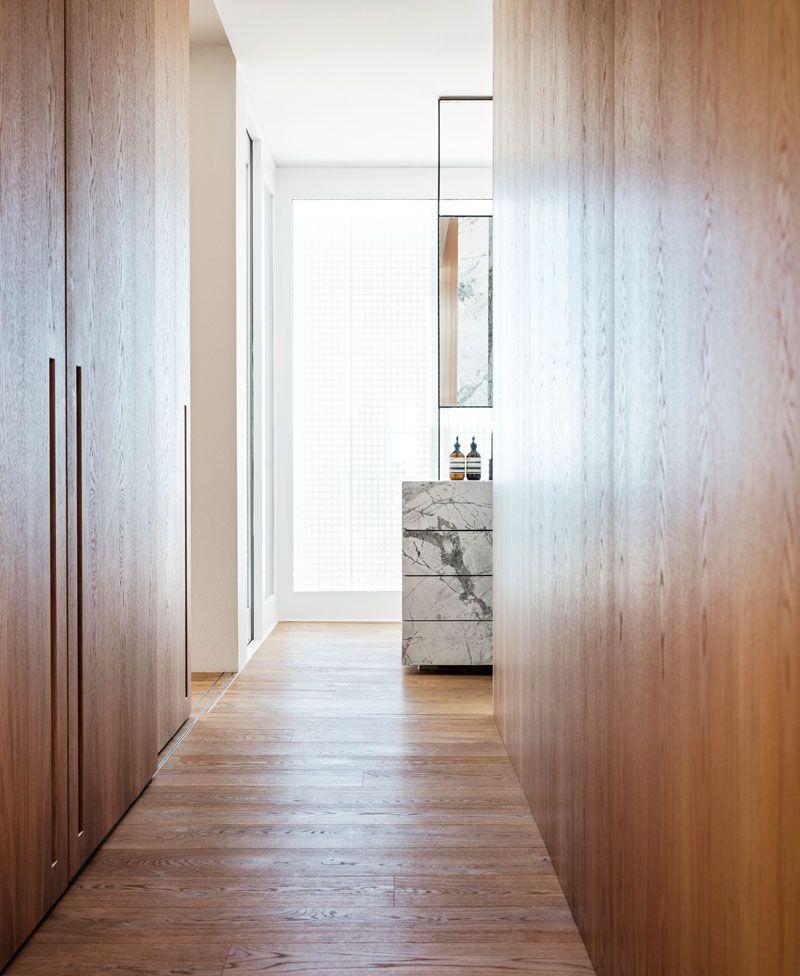 modern-wood-closets-210818-119-13
