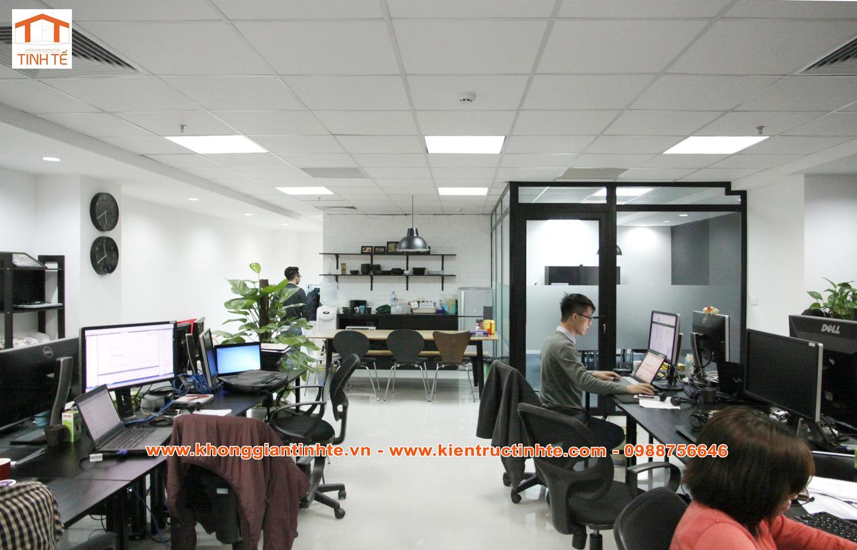 Thiết kế thi công văn phòng làm việc 100m2 công ty MCB - Đan Mạch- 39 Trần  Quốc Toản, HN