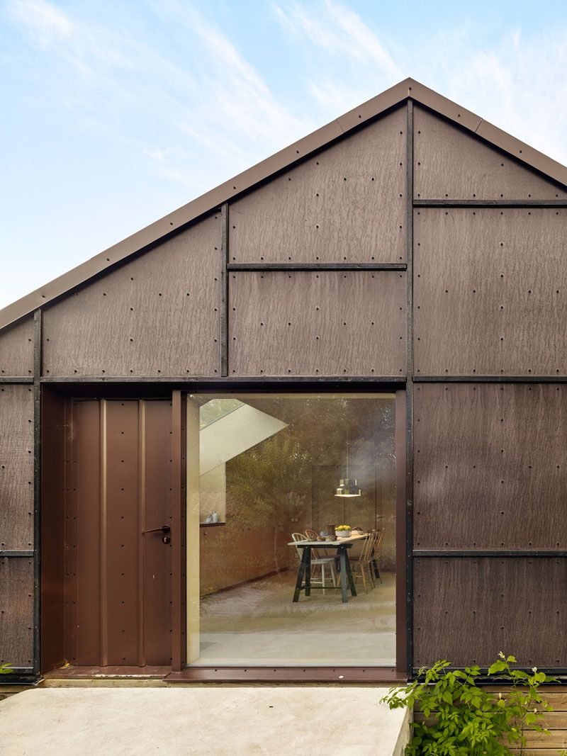 black-plywood-siding-190619-714-02