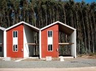 Kiến trúc sư đạt giải danh giá nhờ căn nhà một nửa