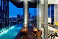 Khu chung cư có ban công là bể bơi
